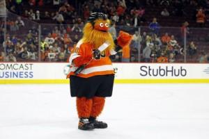 Филадельфия представила нового маскота, который поверг детей в ужас