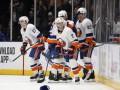 НХЛ: Аризона не оставила шансов Тампа-Бэй, Ванкувер забросил девять шайб Бостону
