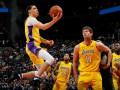 НБА: Лейкерс обыграли Майами, Кливленд уступил Филадельфии
