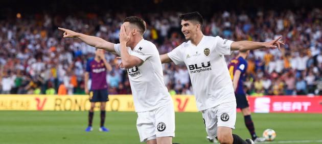 Валенсия обыграла Барселону в финале Кубка Короля