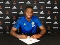 Манчестер Юнайтед официально объявил о подписании Ван-Биссаки
