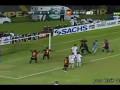 Бразильский вратарь получил тяжелую травму, отмечая забитый им гол