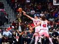 НБА: Атланта проиграла Чикаго после четырех овертаймов, Милуоки обыграл Лейкерс