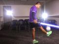 Игрок Тоттенхэма пожонглировал мячом в стиле Звездных войн