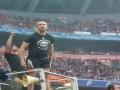 Фанаты Шахтера в матче с Динамо: Дави хохлов