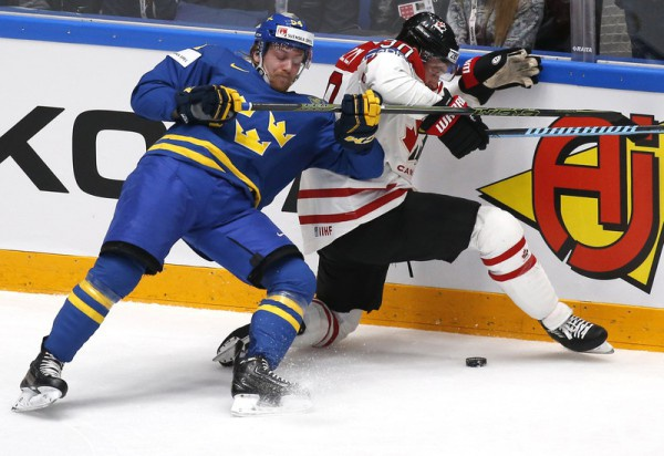Канада не замечает Швецию