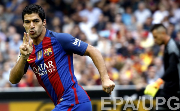 Луис Суарес продлит договор с«Барселоной» долета 2021 года