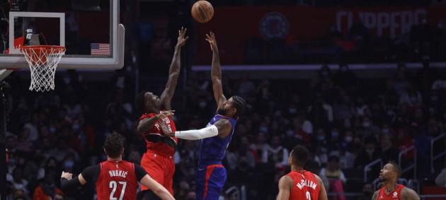 НБА: Торонто с Михайлюком уступил Чикаго, Клипперс разгромили Портленд