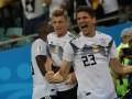 Германия в меньшинстве на последней минуте вырвала победу над Швецией
