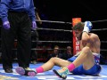 Американский боксер введен в кому после грязного боя