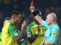 Судья во Франции ударил игрока и удалил его с поля