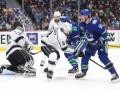 НХЛ: Ванкувер разгромил Лос-Анджелес, Монреаль в овертайме уступил Баффало