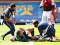 Голкипер Арсенала получил серьезную травму колена