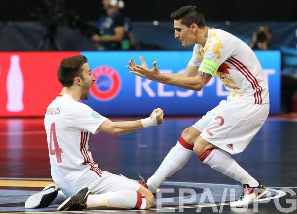 Испания профодит в полуфинал Евро