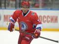 Путин забросил восемь шайб в гала-матче Ночной хоккейной лиги (видео)