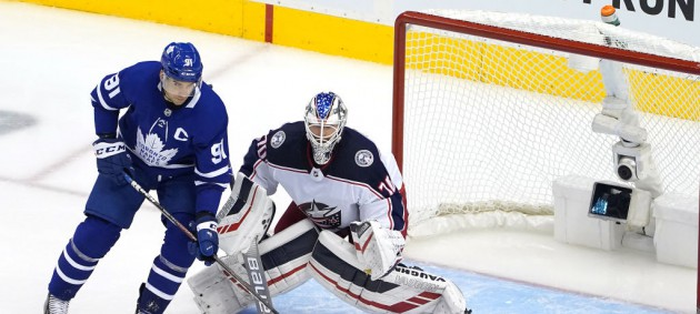 НХЛ: Аризона одержала победу над Нэшвиллом, Торонто проиграл Коламбусу