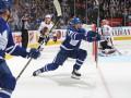 НХЛ: Шайба Мэттьюса помогла Торонто одолеть Чикаго