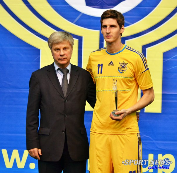 Леонид Акулинин - лучший нападающий Кубка Содружества