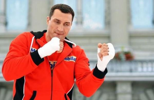 Владимир Кличко встретиться в ринге с Леапаи