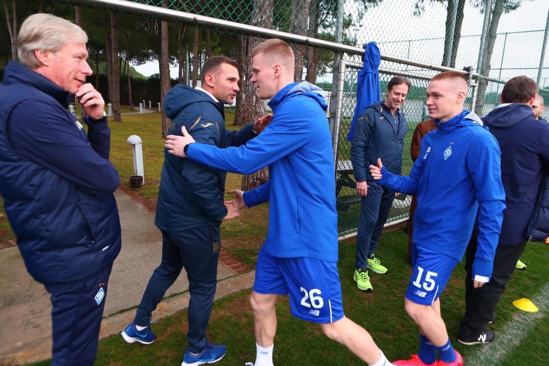 Андрей Шевченко посетил тренировку Динамо в Белеке