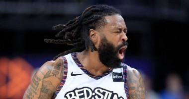Точный трехочковый Янга из-за дуги и аллей-уп Джордана - среди лучших моментов дня в НБА