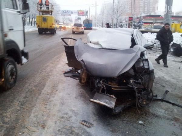 Машина Майкона после аварии