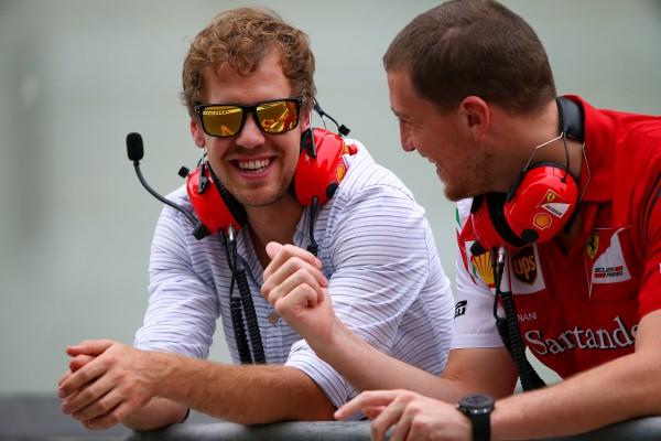 Себ Феттель (слева) уже пилот Ferrari