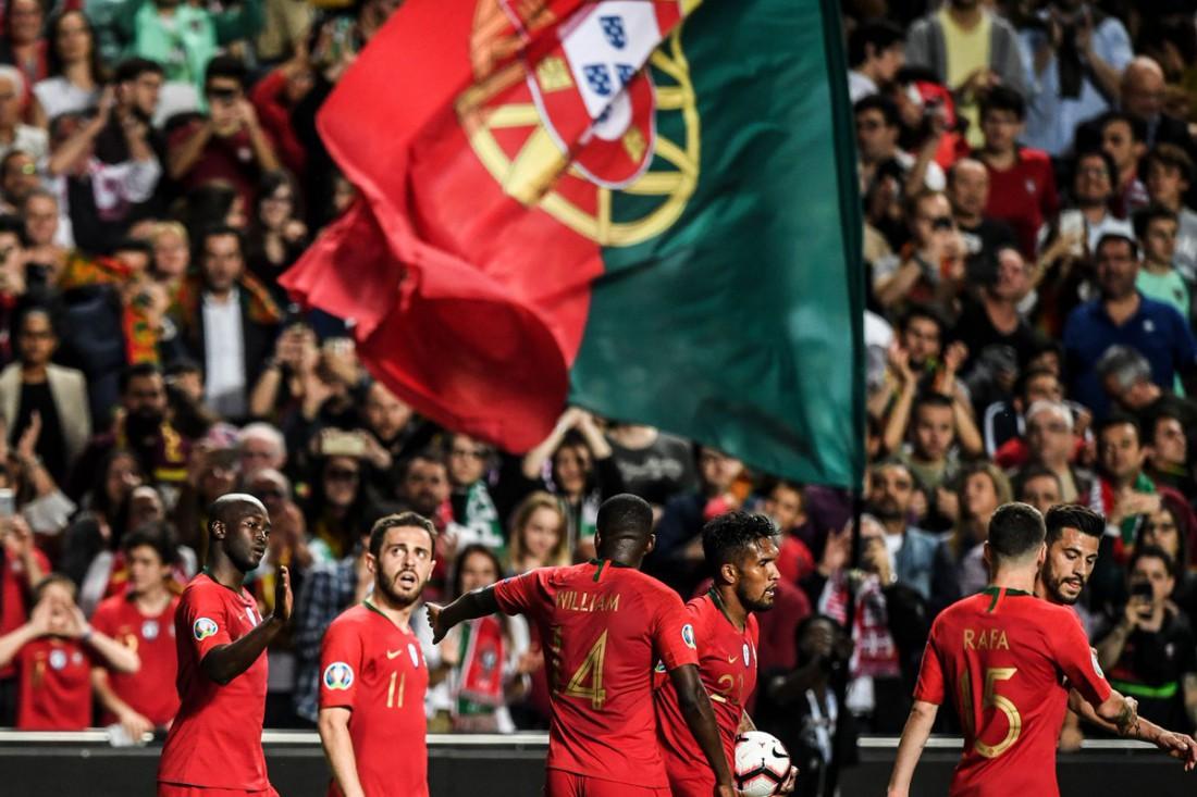 Сборная Португалии по смогла победить дома