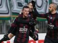 Польский футболист сьел вафлю перед тем, как забить пенальти