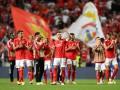 Аталанта минимально обыграла Янг Бойз, Бенфика забила три гола Барселоне