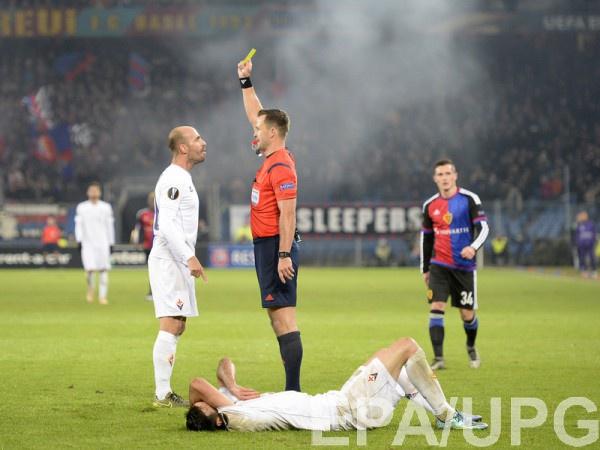 Иван Кружляк матче Лиги Европы между Базелем и Фиорентиной