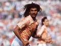 Легенда голландского футбола собрал команду по FIFA
