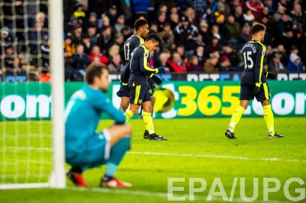 Арсенал не заметил Суонси