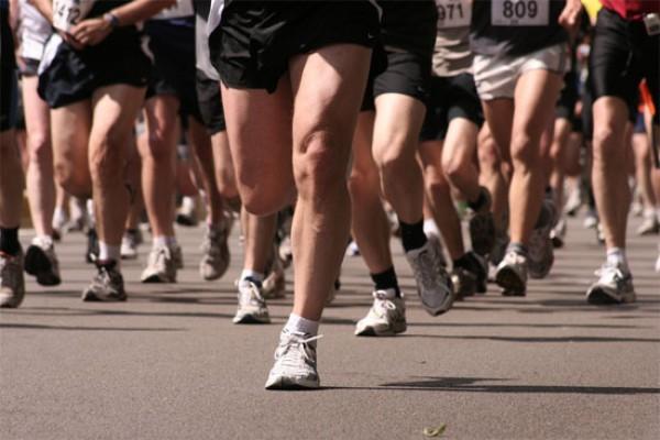 Бегун упал замертво в шести километрах от финиша