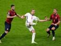 Англия минимально обыграла Чехию и выиграла группу