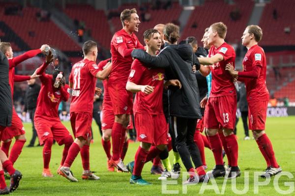 «Лейпциг» вышел напервое место вчемпионате Германии пофутболу