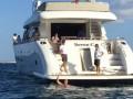 Поклонник Месси поплыл за его яхтой, чтобы сделать селфи на фоне кумира