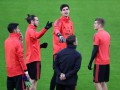 Фанаты Аякса в преддверии матча Лиги чемпионов мешали спать игрокам Реала