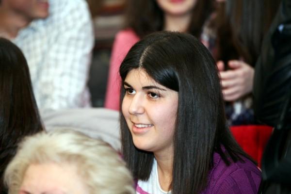 Студентка попросила Мхитаряна жениться на ней