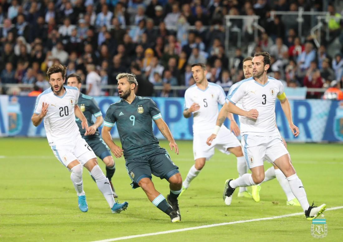 Аргентина - Уругвай: видео голов