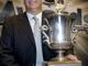 Приз Jack Adams Award (лучшему тренеру) получил Клод Жюльен, чья команда - Бостон - стала первой в Восточной конференции.