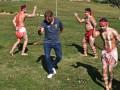 Тренер и футболисты Ливерпуля станцевали с аборигенами в Австралии