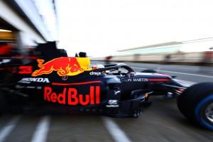 Red Bull и Renault презентовали болиды на новый сезон Формулы-1