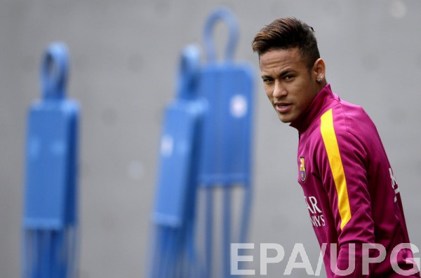 Барселона не отпускает Неймара на Кубок Америки