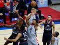 Плей-офф НБА: Лейкерс проиграли Финиксу, Атланта обыграла Нью-Йорк
