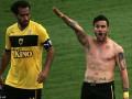 Греческий клуб отстранил футболиста от игр за нацистское приветствие