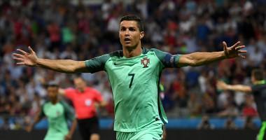 Роналду помедитировал перед важными матчами сборной