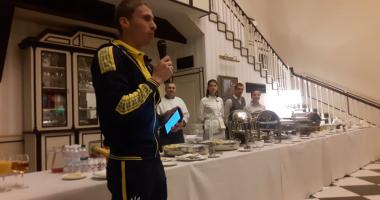 Пердута и Лукьянчук спели на посвящении в сборную