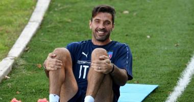 Легенда Ювентуса похвастался новой формой сборной Италии