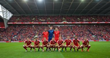 Сборная Уэльса сделала необычное предматчевое фото